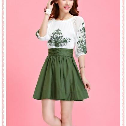 Round-neck Chiffon Green Embroidere..