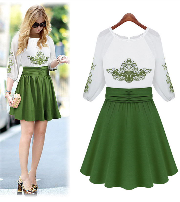 Round-neck Chiffon Green Embroidered Skater Dress with Cuff Sleeves and Ruched Waist